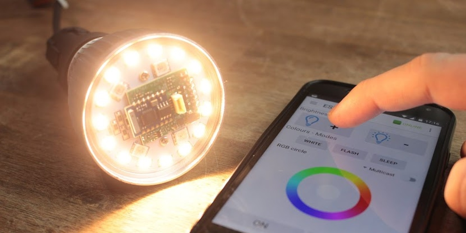 How much power a smart bulb need?